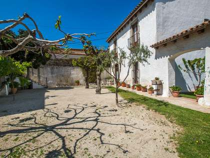Casa y apartamento anexo en venta en Sant Vicenç de Montalt