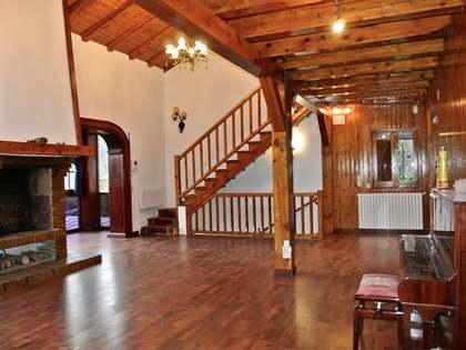 Casa / Vil·la de 355m² en venda a Escaldes, Andorra