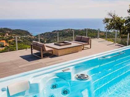 Huis / Villa van 288m² te koop met 1,600m² Tuin in Lloret de Mar / Tossa de Mar