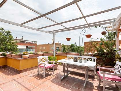 140m² Apartment with 37m² terrace for sale in La Pineda