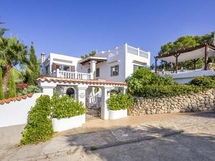 274m² House / Villa for sale in Santa Eulalia, Ibiza