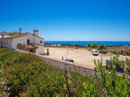 8-bedroom country house for sale in Tiana, Maresme