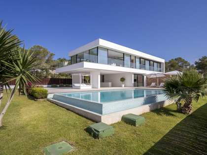 378m² House / Villa for sale in San José, Ibiza