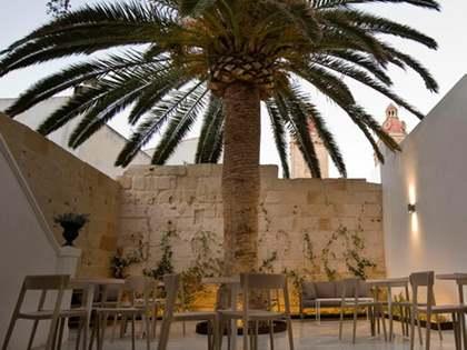 300m² Hotel with 45m² garden for sale in Ciudadela, Menorca