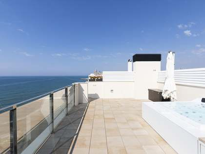 158 m² apartment with 77 m² terrace for sale in Sitges Town