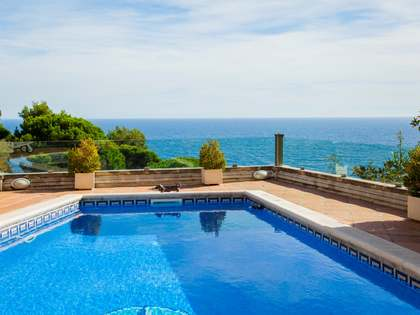 Huis / Villa van 313m² te koop in Lloret de Mar / Tossa de Mar