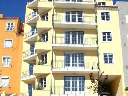 2-bed duplex for sale in Lapa, Lisbon