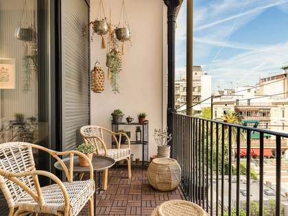 144m² Apartment with 10m² terrace for sale in Eixample Right