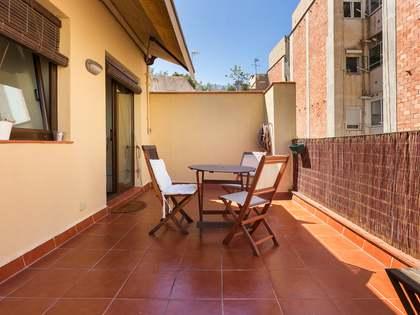 Ático de 55m² con terrazas, en venta en Gràcia
