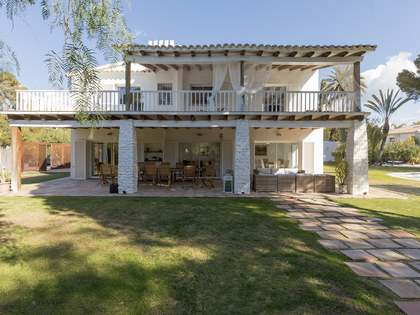 709 m² house for sale in Terramar, Sitges