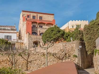 Casa indiana con jardín y piscina, en venta en Begur