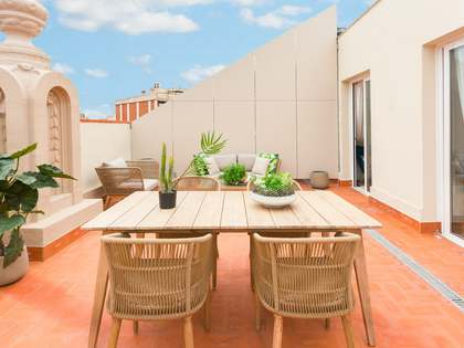 45m² Apartment with 49m² terrace for sale in Eixample Right
