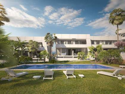 Brand new townhouses to buy in a new development in Rio Real