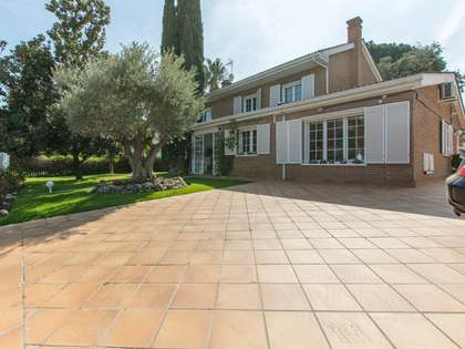 Maison / Villa de 400m² a vendre à Pozuelo, Madrid