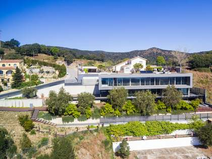 Villa de 506m² en venta en Alella, Maresme