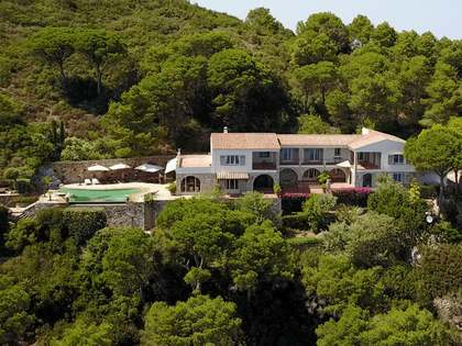 Huis / Villa van 658m² te koop in Begur Town, Costa Brava