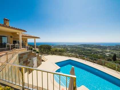 Casa / Villa di 318m² in vendita a Platja d'Aro