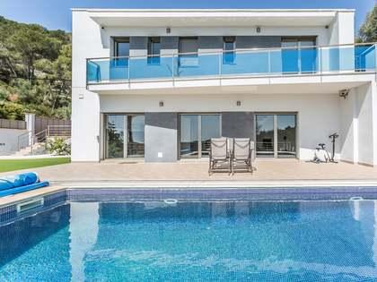 Villa de 246m² en venta en Cubelles, Vilanova