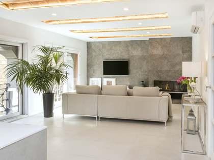Квартира 133m², 21m² террасa на продажу в Раваль