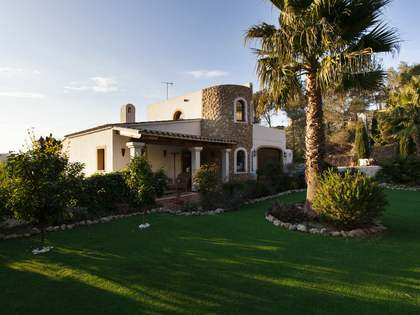 351m² House for sale in Olivella, Sitges