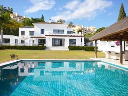 Casa de 400 m² con jardín en venta en Nueva Andalucía