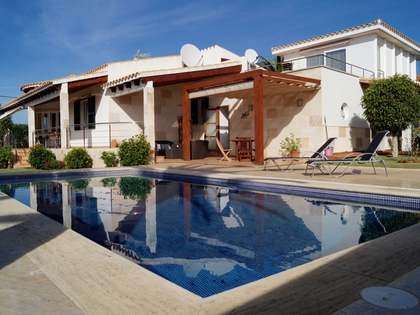 Huis / Villa van 300m² te koop in Menorca, Spanje