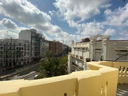 Piso de 132 m² con 6 m² de terraza en alquiler en Ruzafa