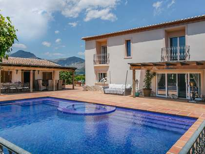 405m² House / Villa for sale in Jávea, Costa Blanca