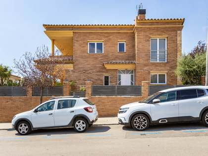 318m² House / Villa for sale in Premià de Dalt, Barcelona