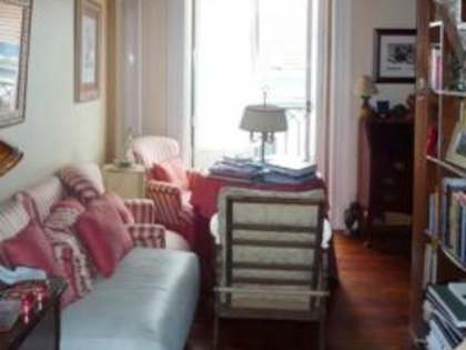 Apartment with character for sale in Principe Real