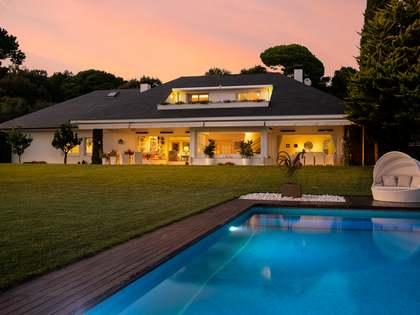 在 Sant Andreu de Llavaneres, 巴塞罗那 652m² 整租 豪宅/别墅