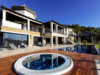 Villa with 2 pools for sale in La Zagaleta, on Costa del Sol
