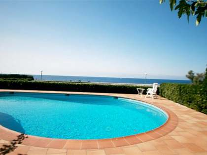 230 m² house for sale in Menorca, Spain