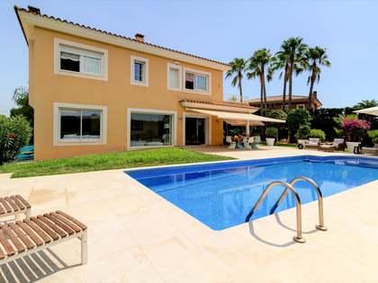 Casa / Villa de 391m² en venta en Antibes, Tarragona