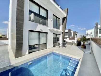 Дом / Вилла 138m² на продажу в Alicante ciudad, Аликанте
