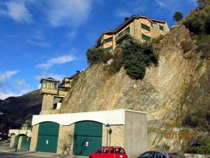2-bedroom apartment for sale in Andorra. St. Julia de Loria
