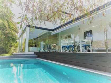 Maison / Villa de 274m² a vendre à Nueva Andalucía avec 1,065m² de jardin