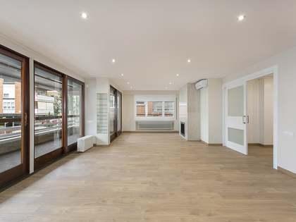 在 Tres Torres, 巴塞罗那 220m² 整租 房子 包括 30m² 露台