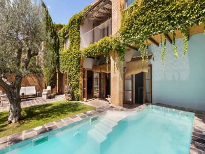 Casa semi-adosada renovada en venta cerca de la Costa Brava