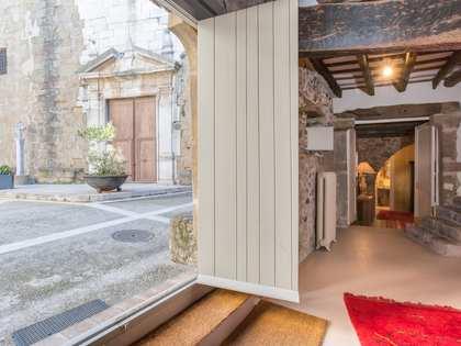 Casa rural renovada en venta en el Baix Empordà