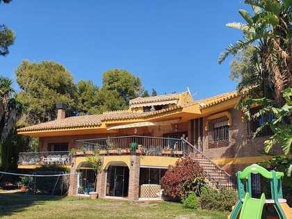Maison / Villa de 703m² a vendre à East Málaga, Malaga