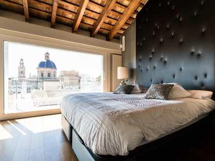6-bedroom duplex for sale in La Xerea, near Turia gardens