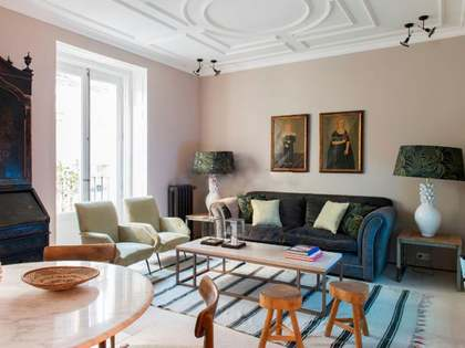 100m² Apartment for sale in Embajadores, Madrid