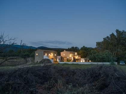 Maison de campagne de 1,521m² a vendre à Alt Empordà