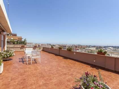 Piso con 153 m² de terraza en venta en Ciudad de las Ciencias