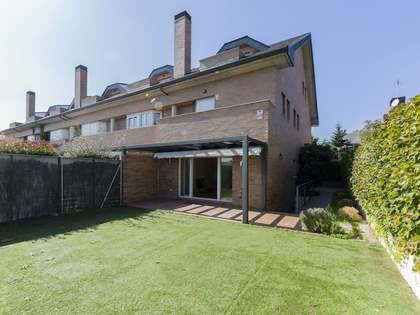 Huis / Villa van 335m² te koop in Pozuelo, Madrid