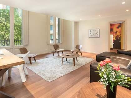 279m² Lägenhet med 32m² terrass till salu i Eixample Höger