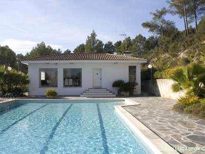 250m² House / Villa for rent in Sant Cugat, Barcelona