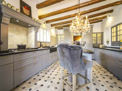 Дом / Вилла 304m² на продажу в Calafell, Таррагона
