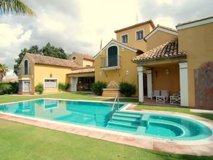 Villa de 7 dormitorios en venta en Sotogrande Costa